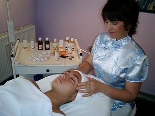 dr.hauschka kosmetikerin